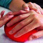Come curare un dito insaccato