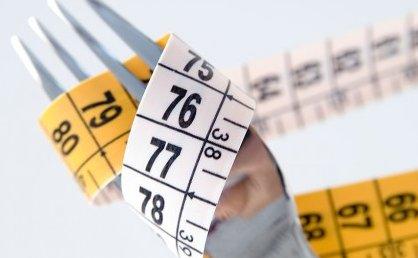 calcola il kcal giornaliero per perdere peso